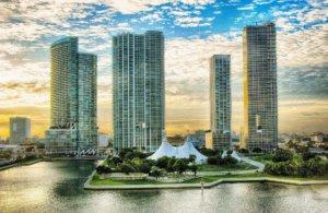 Bootsvermietung Miami - Tower