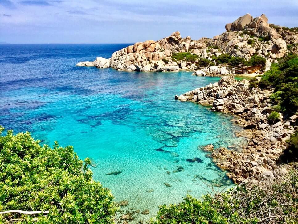 Kiesstrand und Küste Mallorca