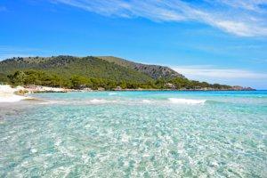 Kristallklares Wasser vor Mallorca