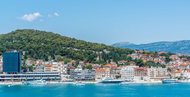 boat hire in Split