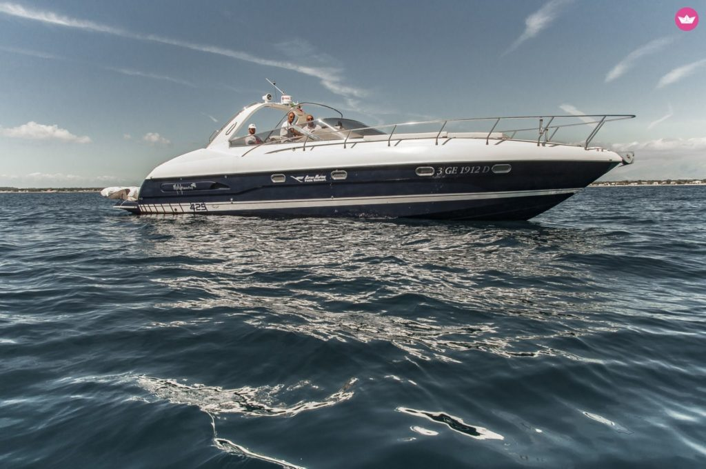 rent a boat Porto Badino