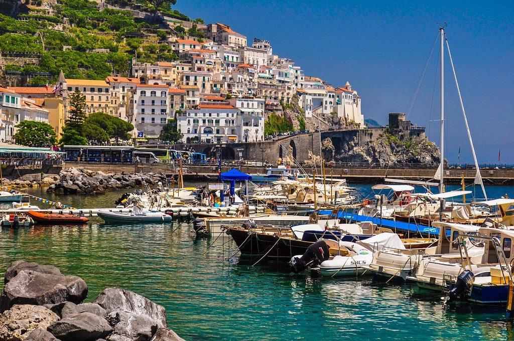 sail in Amalfi