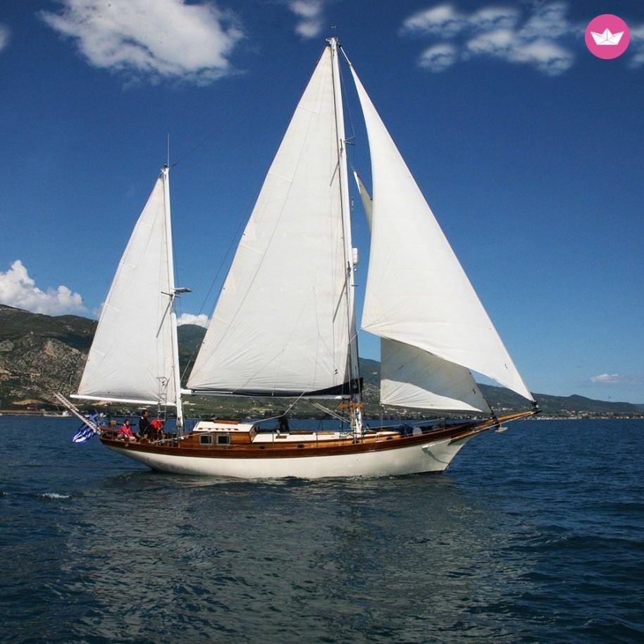 classic boat charter