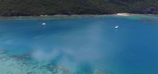hire a boat in Whitsunday Islands
