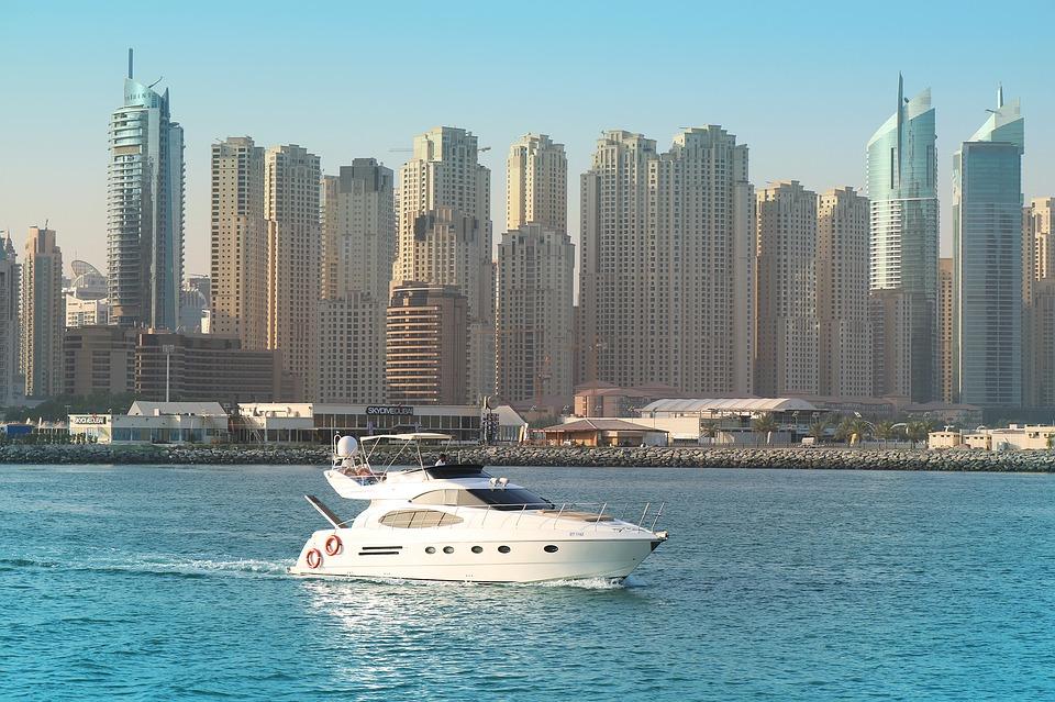 sailing Dubai