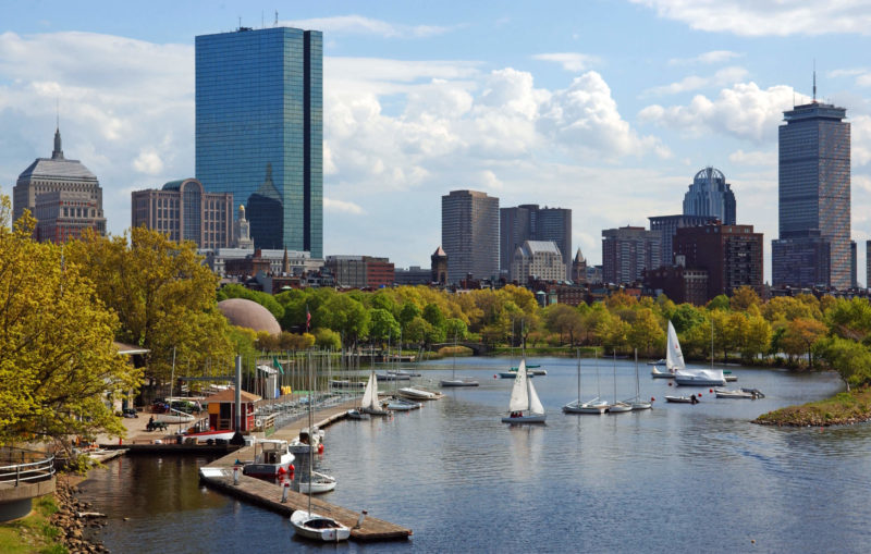 Sailboats Rentals in Boston