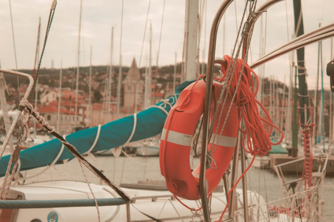 boat safety tips