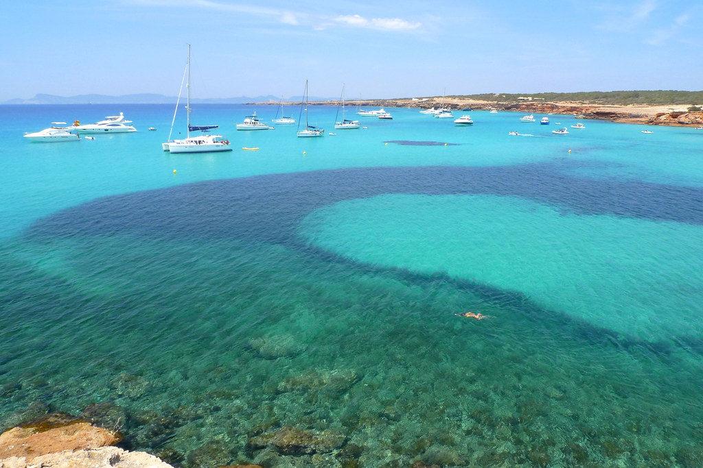 navegar en las playas de Formentera