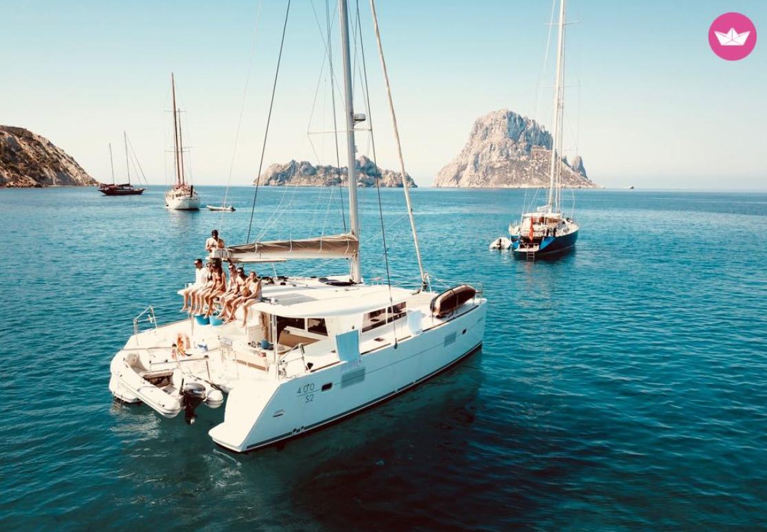 alquilar un catamarán en Ibiza