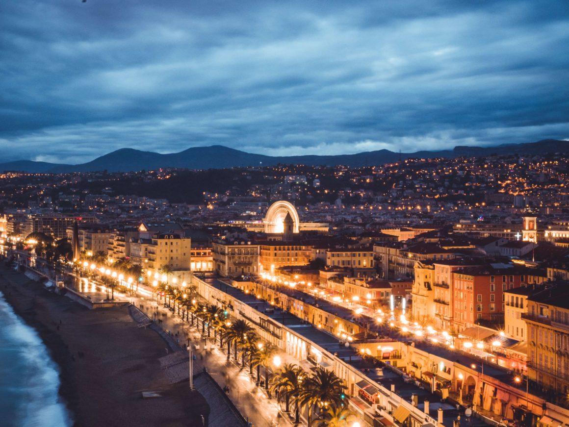 Vistas del Paseo de los Ingleses en Niza