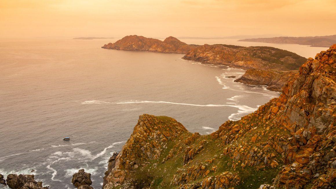 Vistas desde las Islas Cíes, Galicia