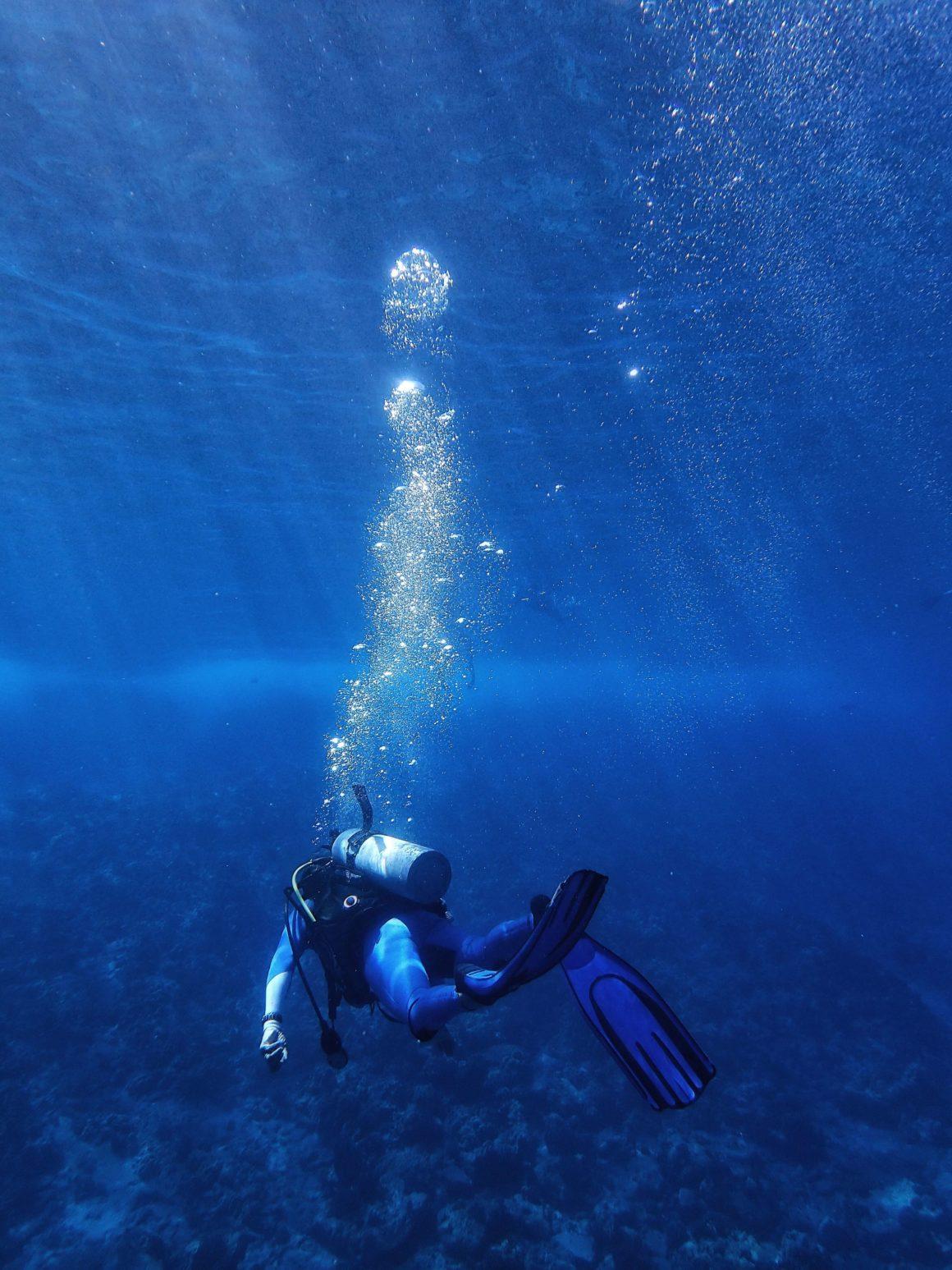 sitios para bucear en el mediterráneo en verano