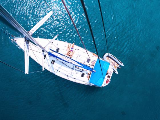 Ruta de navegación a vela en el Mediterráneo