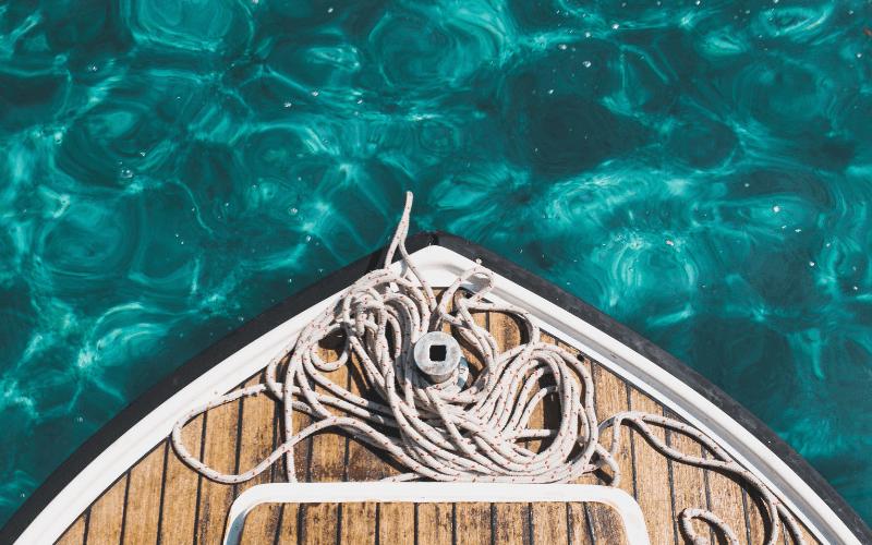 viaggio in barca a motore