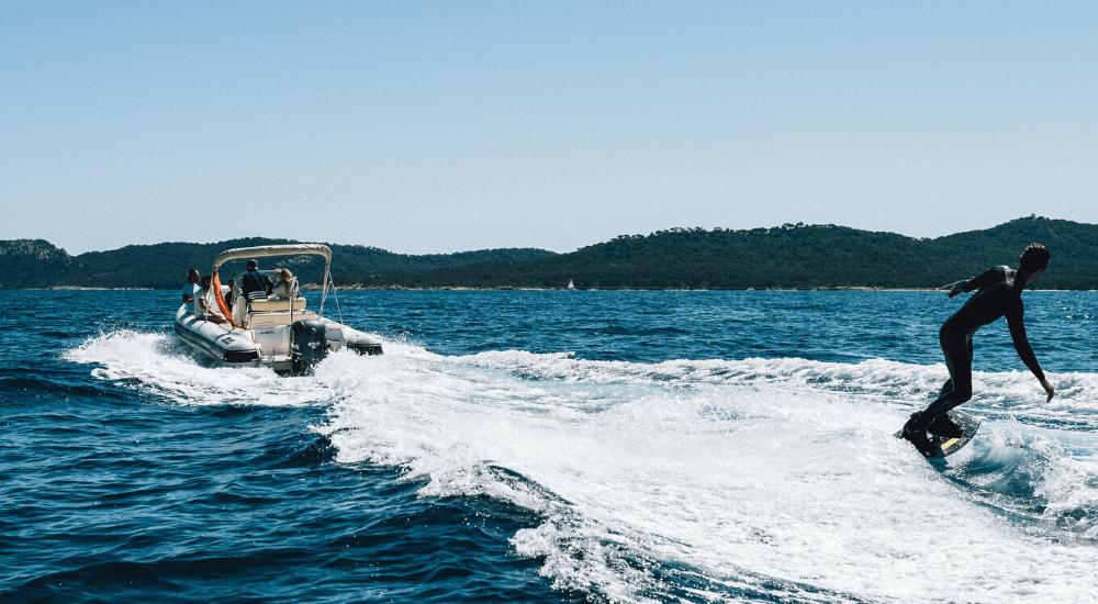 sessione di wakeboard