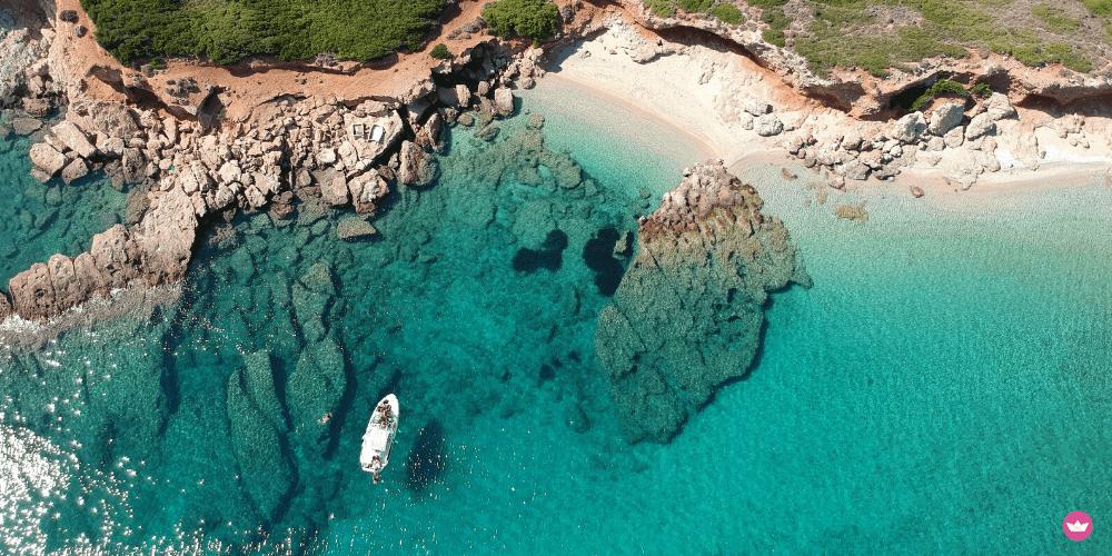 barca a motore per l'estate