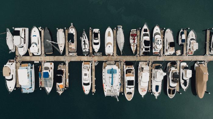 barche in ormeggio