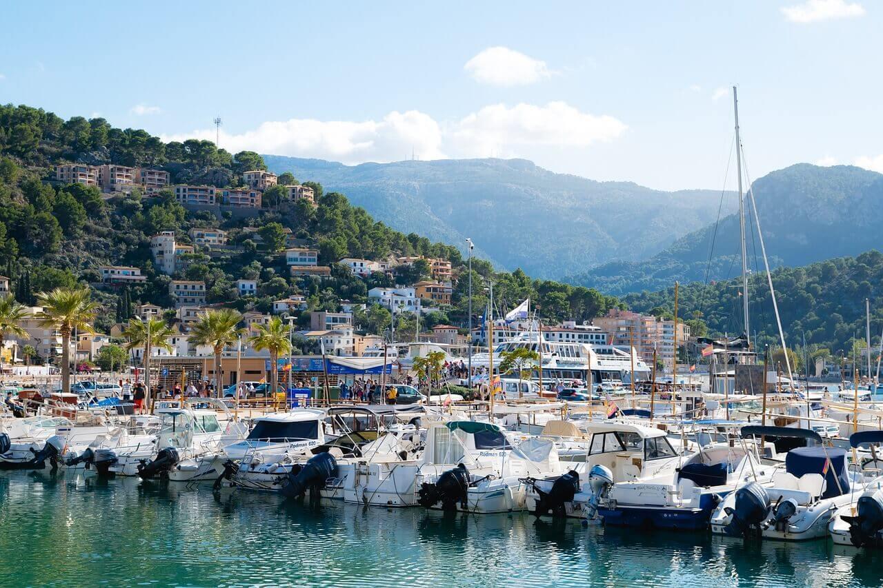 Boot huren Port de Soller, bootverhuur Mallorca, Balearen, zeilvakantie, vaarvakantie