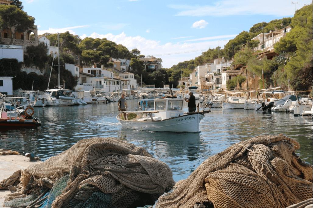 Boot huren Mallorca, Cala Figuer, bootverhuur, balearen, spaanse eilanden, zeilvakantie, vaarvakantie