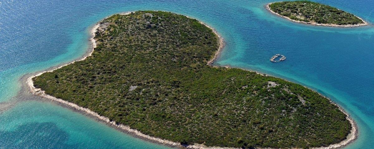 Hartvormige eiland in Kroatië