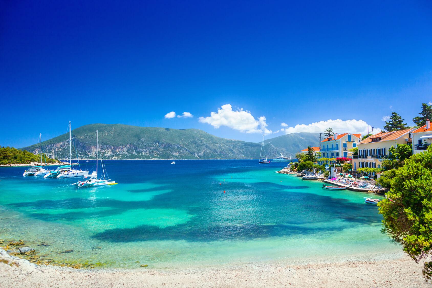 boot huren Lefkas, mooiste eilanden Griekenland, catamaran huren, zeilboot huren, mooiste stranden, perfect voor een zeilvakantie griekenland