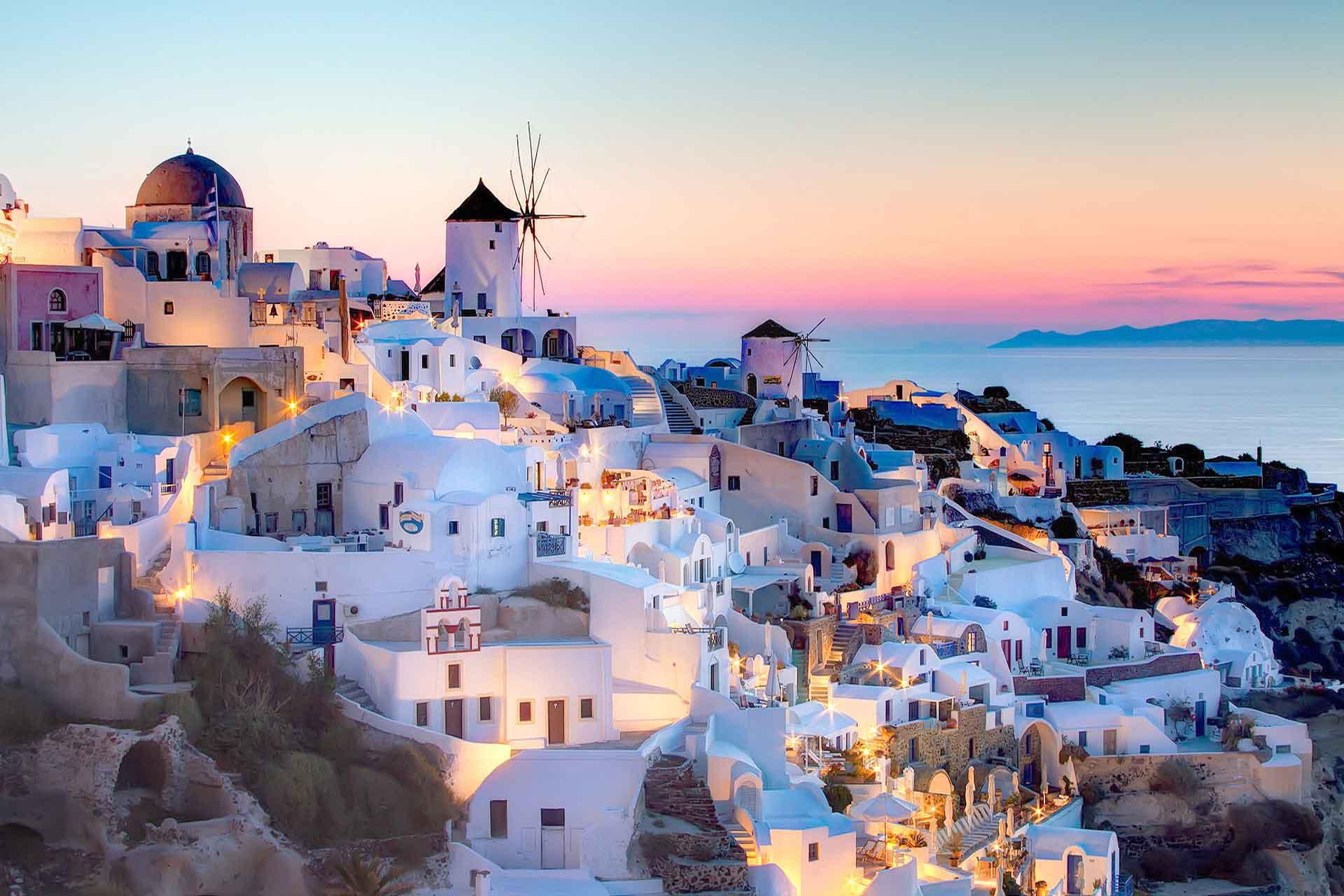 boot huren santorini, mooiste eilanden Griekenland,  zeilboot huren, mooiste stranden, perfecte zeilvakantie Griekenland, catamaran huren, motorboot huren, bootverhuur Griekenland