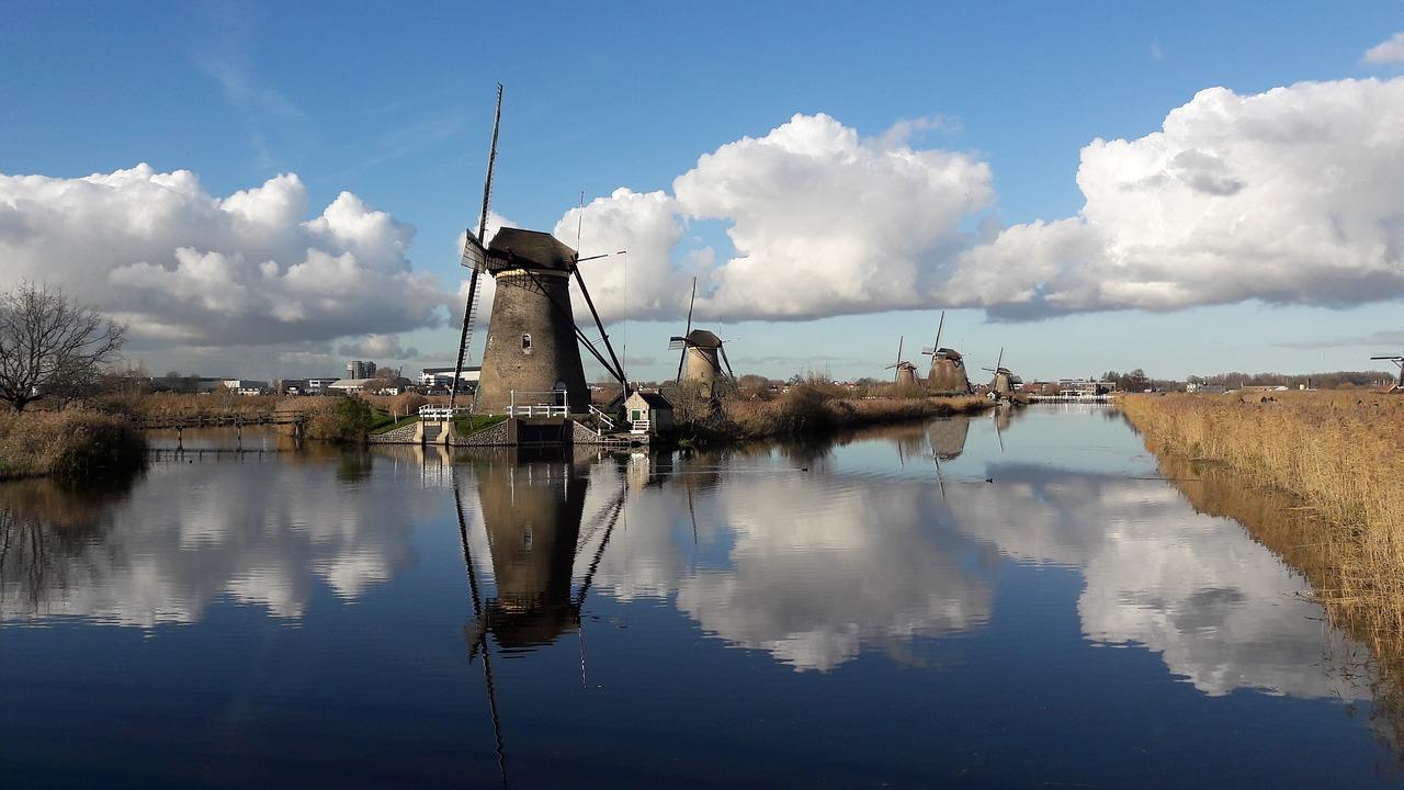 boot huren nederland boot huren amsterdam bootverhuur nedderland ontdek nederland vakantie in nederland feestdagen 2019 lang weekend weg