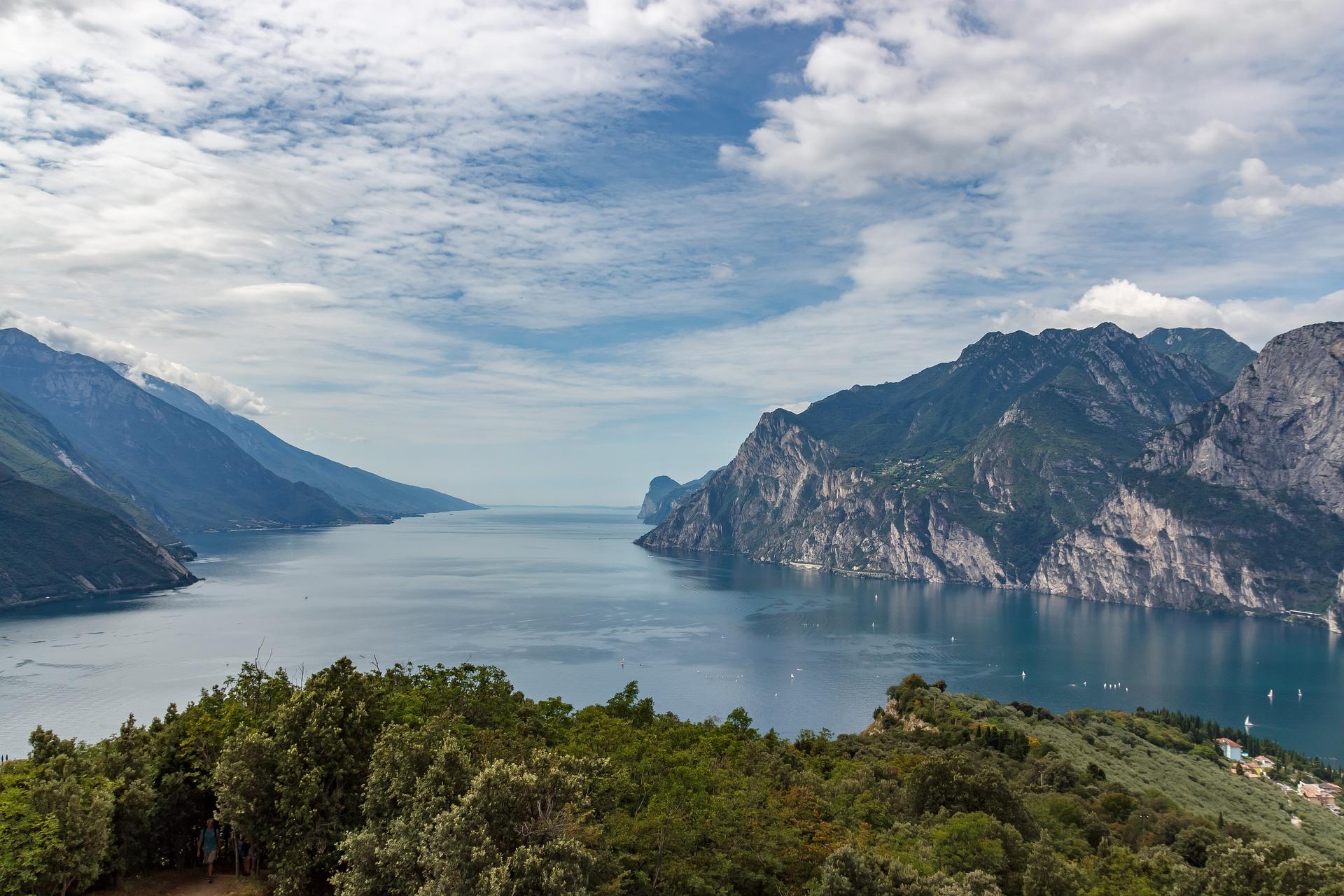 vakantie italie vakantie gardameer boot huren gardameer motorboot huren gardameer motorboot huren italie