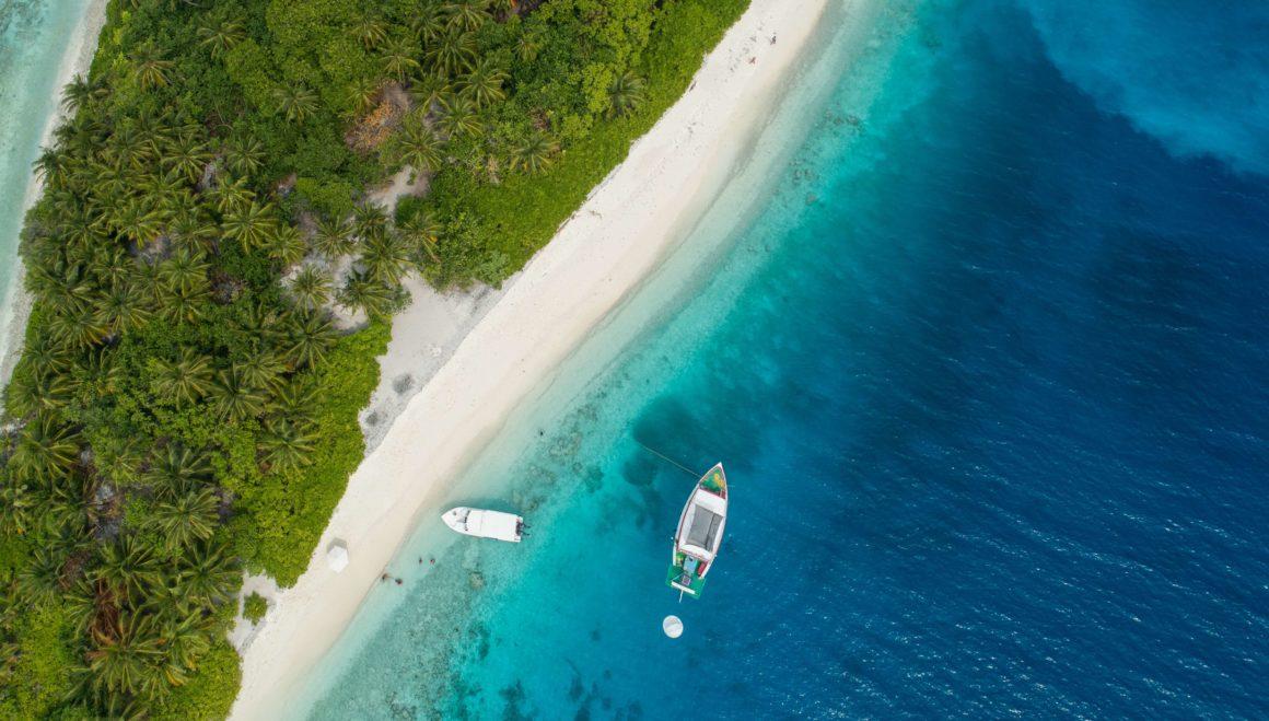 boot strand malediven