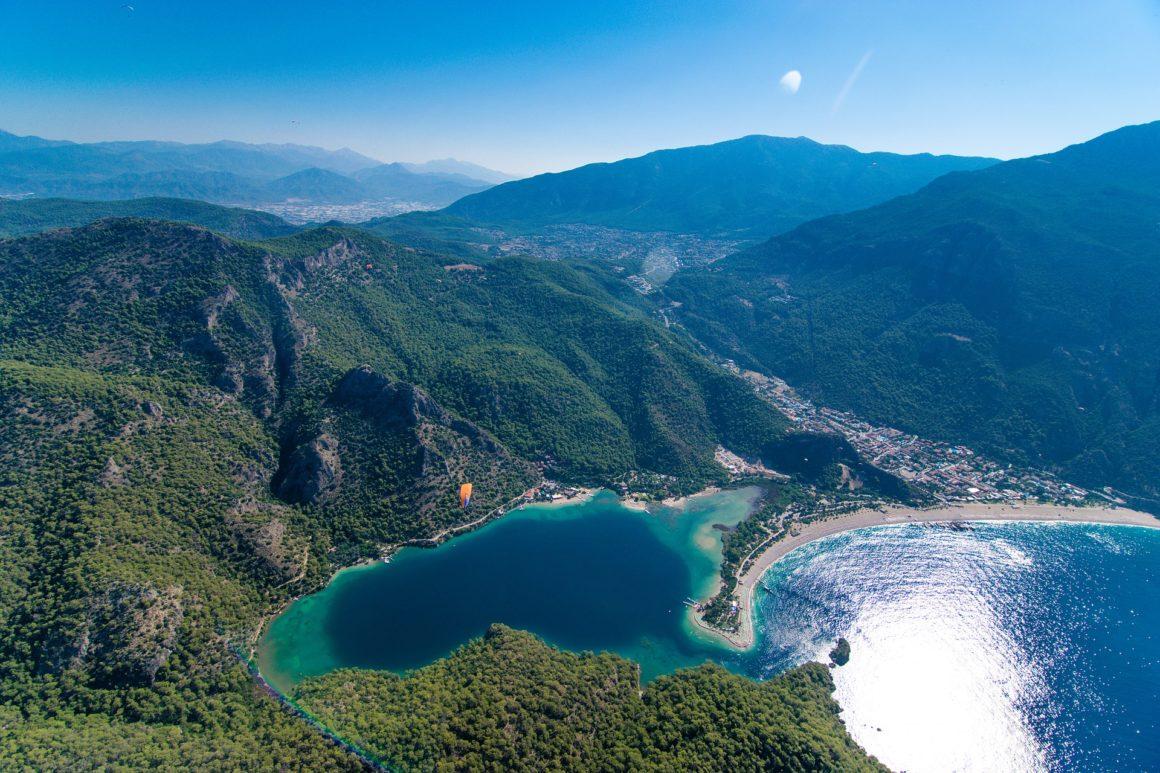 De kust van het Turkse Fethiye