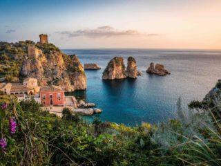 Zonsondergang in Sicilië