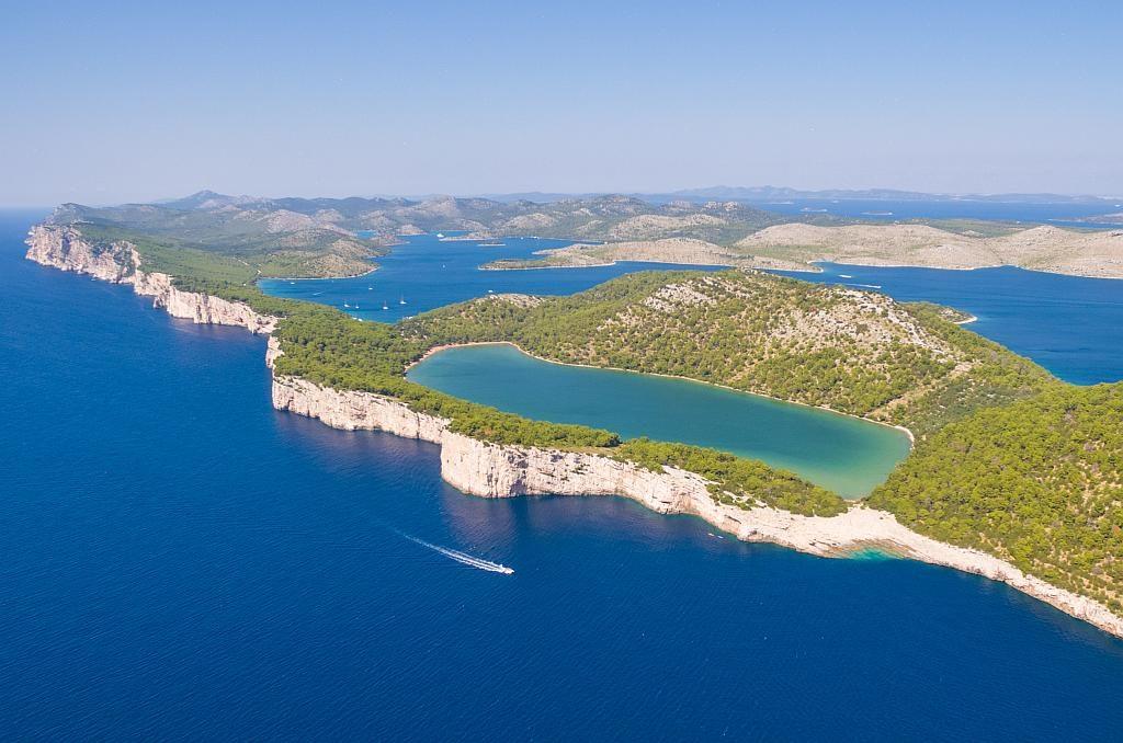 Dugi Otok słone jezioro