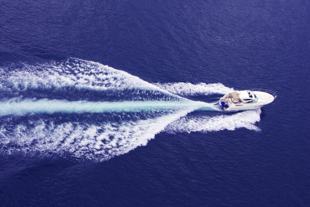 Łódź motorowa ze Splitu - na morzu