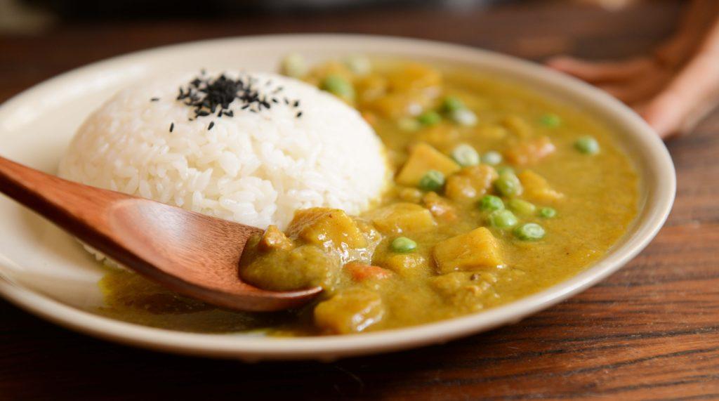 Danie curry z ryżem