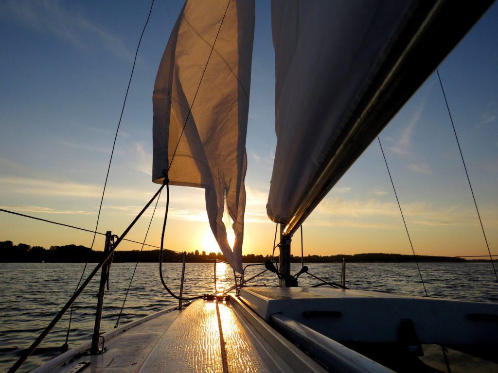 Czarter jachtów w Polsce Polska jezioro