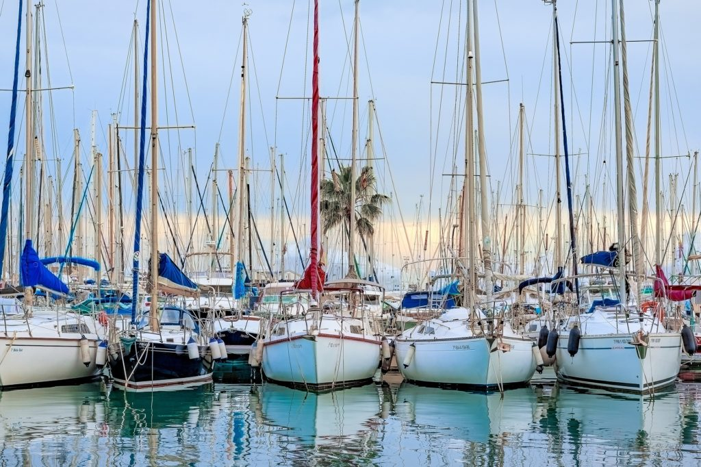 Majorka jachty w porcie