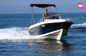 Czarter łodzi motorowej Makarska