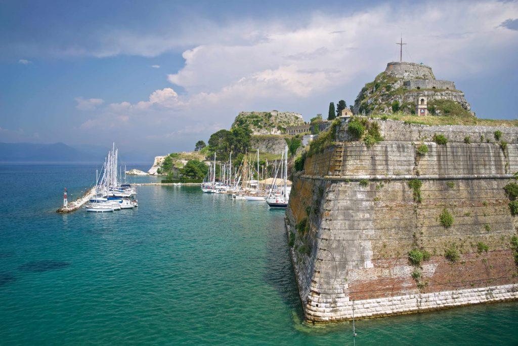 Korfu atrakcje i jachty żaglowe