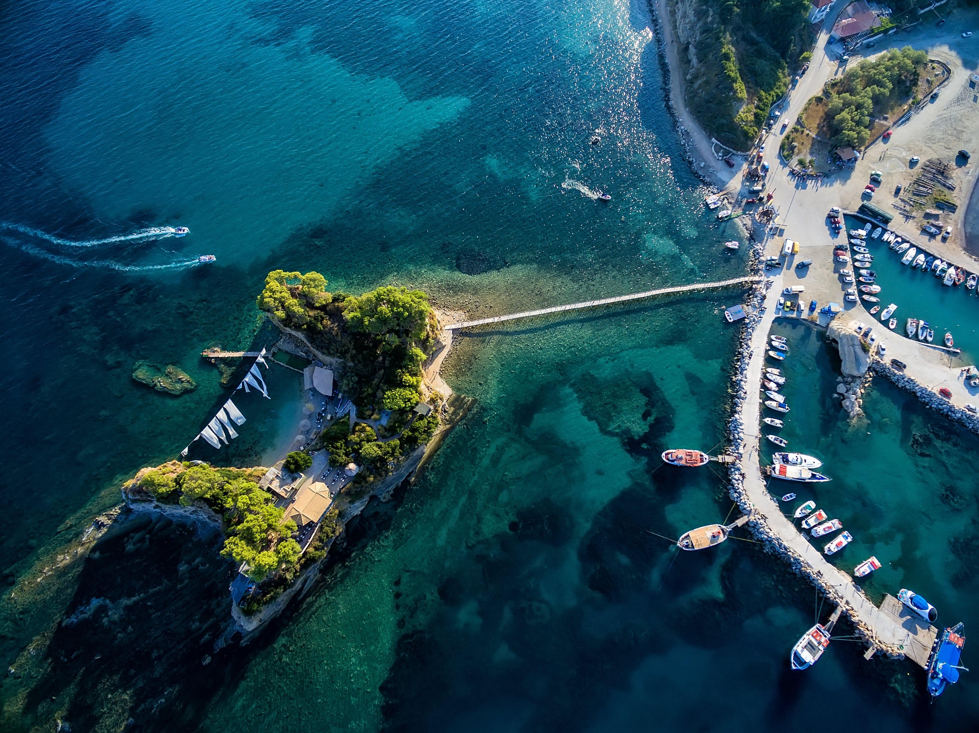Wyspy Jońskie na żagle czarter jachtów