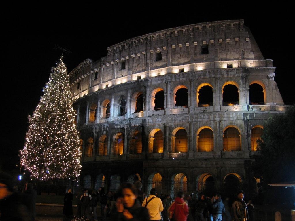 Czarter jachtów Rzym w grudniu choinka