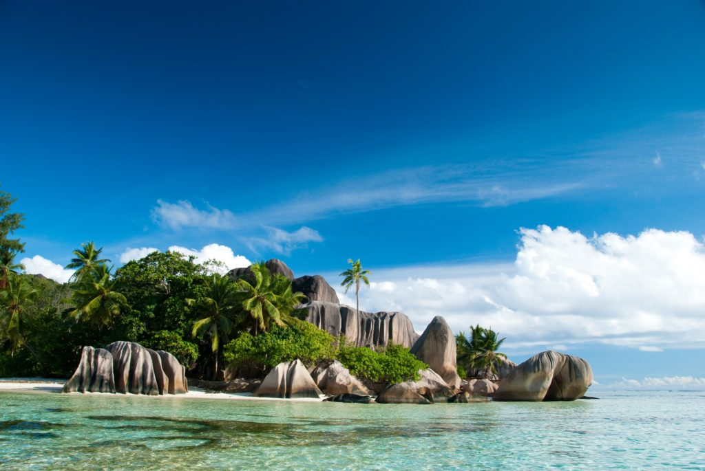Seszele wakacje plaża czarter jachtów