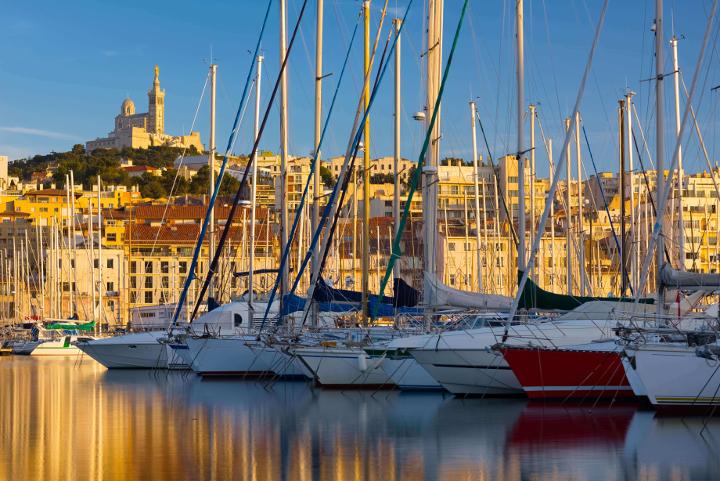 Czarter jachtów Marsylia port