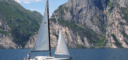 Jezioro Garda Jacht żaglowy