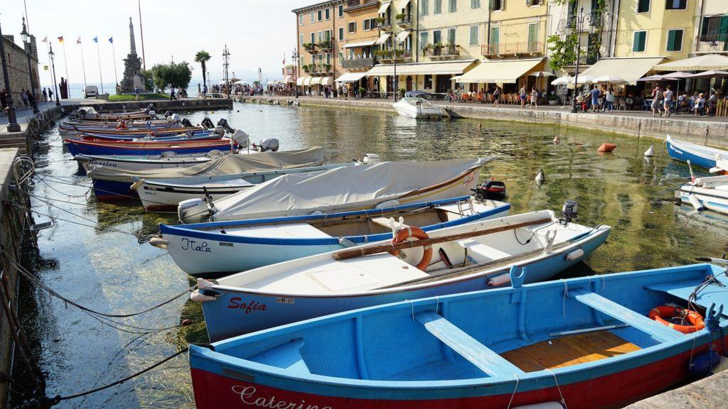 Lazise Jezioro Garda czarter łodzi