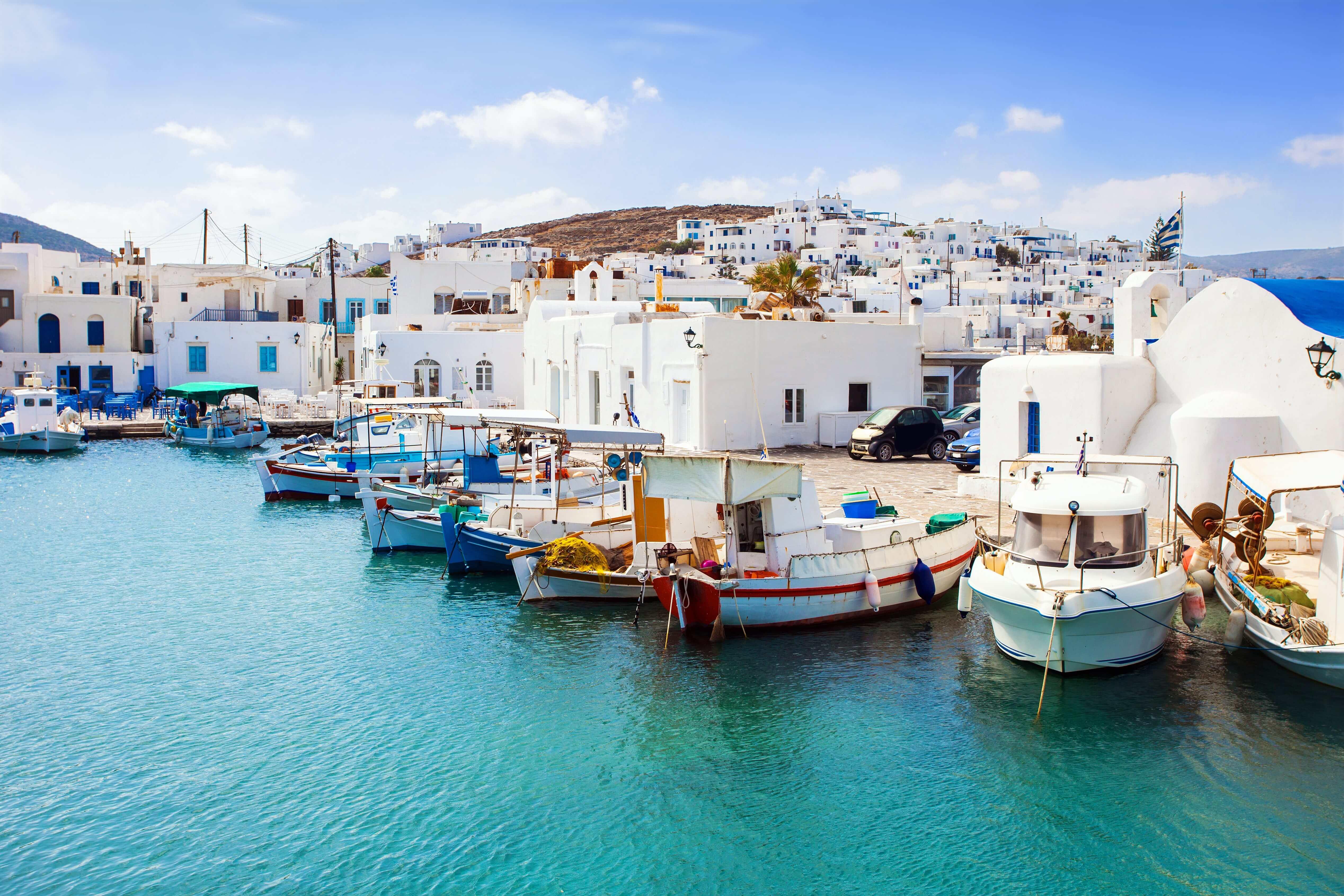 Żeglowanie w Grecji wyspa Paros