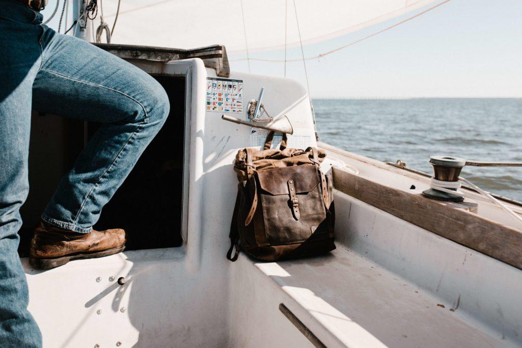Co zabrać na żagle torba na pokładzie