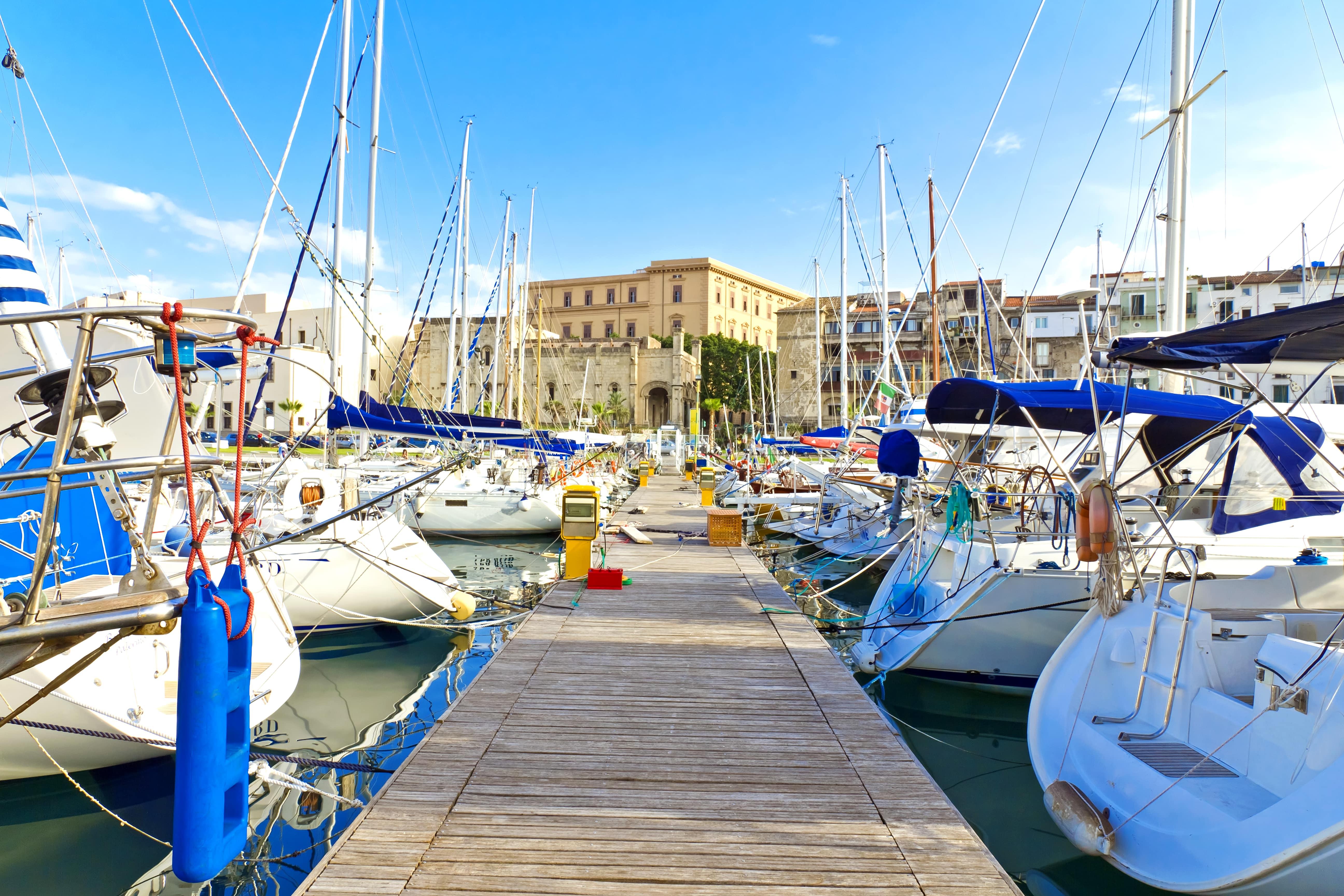 Palermo port jachty