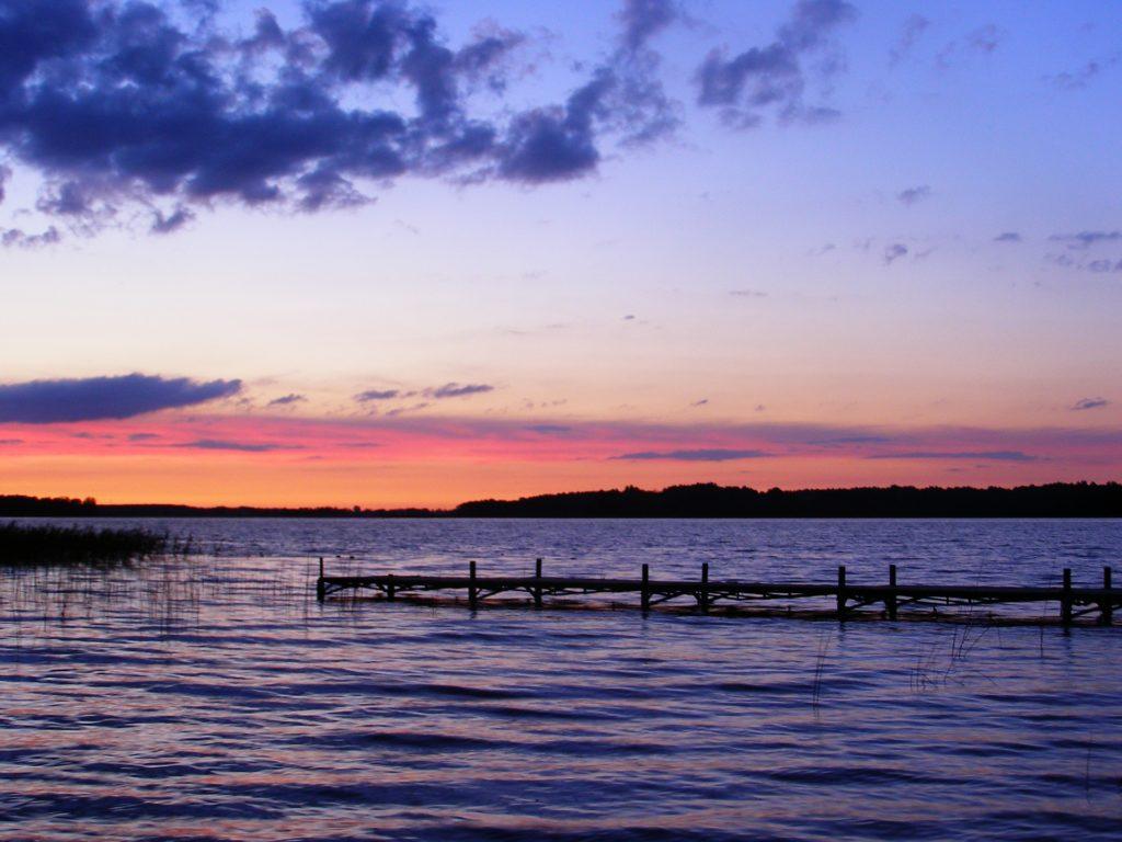 Zachód słońca jezioro Mazury