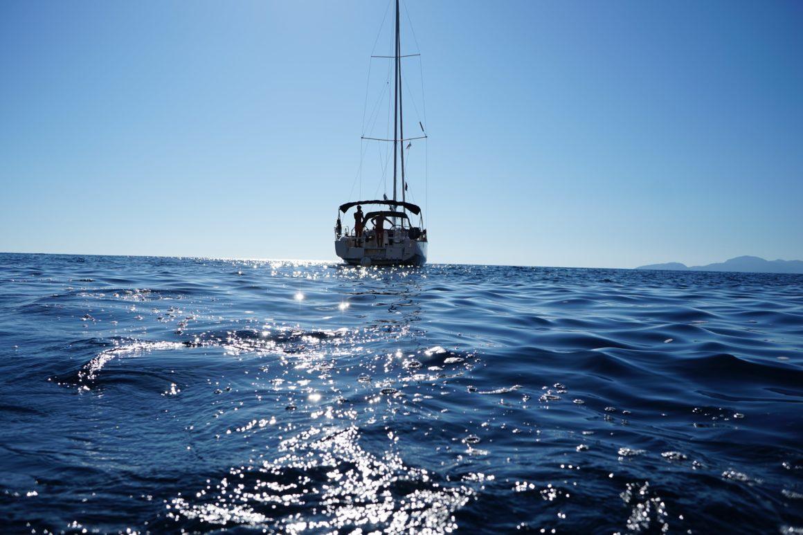 chorwacja jacht na wodzie
