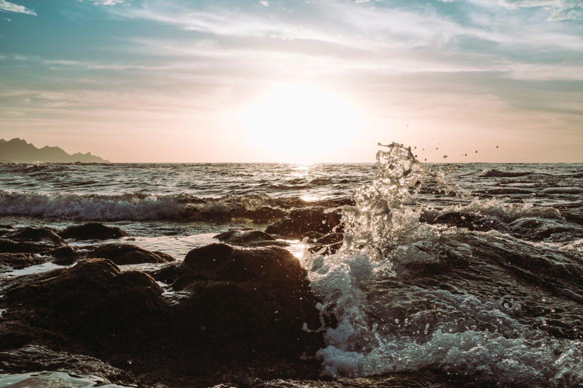 fale morze gran canaria